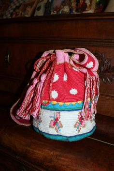 Handmade by Alpenkatzen Form Crochet, All Craft, Diy Crafts, Backpacks, My Love, Pretty, How To Make, Handmade, Bags