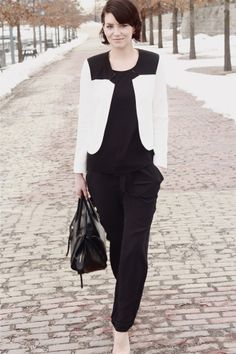 French Connection, Outfit Posts, Dress Codes, Black And White, Chic, My Style, Hair Ideas, Outfits, Dresses