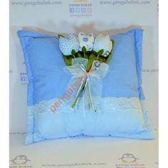 Lale Takı Yastığı ile misafirleriniz hediyelerini, çok sevimli bir takı yastığına takabilirler. Pengu Bebek