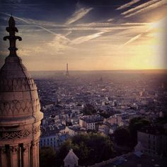Paris sunset. Image by Lauren Strathie. #beautifulworld http://www.lonelyplanet.com/photocomp?lpaffil=soc_pi_p_o_bw