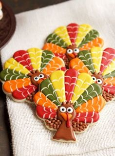Decorated Turkey Cookies - These Sugar Cookies are Decorated with Royal Icing and they are cut with a Tree Cookie Cutter by thebearfootbaker.com