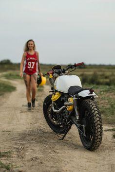 Vintage Motorcycles 863846772252988542 - Honda CX 500 par Cardsharper Customs Source by motosstyles Scrambler, Cx500 Cafe Racer, Cafe Racer Build, Cafe Racers, Gp Moto, Moto Cafe, Cafe Bike, Motos Vintage, Vintage Bikes
