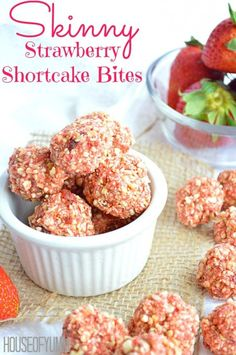 These Strawberry Shortcake Bites are the perfect tasty and skinny snack idea.