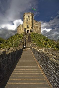 Cardiff Castle, Glamorgan. Cardiff Castle, dating back to the early days of the Normans, dominates the city center of the Welsh capital.