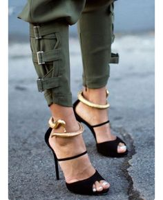 ceefa48d898af5 Image in Fashion  shoes👢👠👟 collection by Damaris Cernisov. Giuseppe  Zanotti ShoesStrap HeelsShoes SandalsPumps HeelsShoe BootsHigh ...