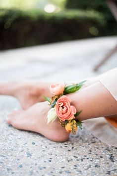 Are you wondering the best beach wedding flowers to celebrate your union? Here are some of the best ideas for beach wedding flowers you should consider. On Your Wedding Day, Dream Wedding, Wedding Music, Beach Wedding Flowers, Bohemian Beach Wedding, Beach Wedding Inspiration, Bohemian Bride, Beach Weddings, Wedding Ideas