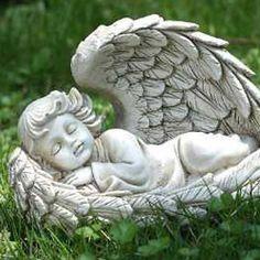 Angel Garden Statues, Outdoor Garden Statues, Garden Angels, Angel Images, Angel Pictures, Sad Angel, Willow Tree Angels, Angel Artwork, Angel Drawing