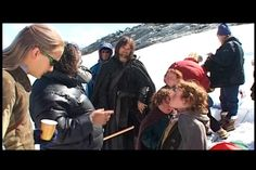 Cast on snow. Can we all take a moment to just LOOK at Legolas in sunglasses. Legolas, Aragorn, I Love The Lord, Lord Of The Rings, Lotr Cast, Lotr Elves, Hobbit Art, The Hobbit Movies, The Two Towers