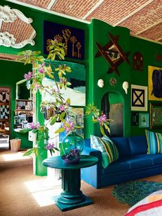 The best art-filled walls that have ever been in Vogue Living: From a medieval fairytale house owned by an antique dealer and decorator Photographed by Kasia Gatkowska Color Of The Year 2017 Pantone, Pantone Color, Fairytale House, Green Home Decor, Vogue Living, Style Deco, Green Rooms, Green Walls, Apartment Living