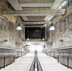 3 estações de metrô da Linha 9 de Barcelona / Jordi Garcés