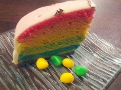 Un gâteau arc- en -ciel  mmmh♥♥♥♥
