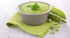 GRANDMA'S PEA FEAST 1 Soup = 280 Kcal  Ingredients: 1 bag of COMPLETE VEGETABLE SOUP 300 ml soya milk (1,8 %) 1 bay leaf Leek (50 g) Defrosted peas (50 g) 1 tablespoon of fresh marjoram (plucked) 1 pinch of pepper Parsley to taste  Cut the leek into pieces and cook it together with 1 bay leaf in the soya milk. Take out the bay leaf and some rings of leek. Add marjoram to the leek-milk and puree everything together. Stir in 1 bag of Vegetable Soup, add peas and the remaining leek
