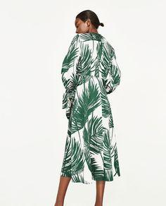 Image 4 of PRINTED MIDI DRESS from Zara