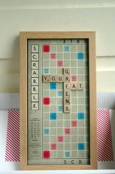 ah it would be so much cooler to have a scrabble board as the background in