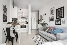 Apartment Decorating Rental Small Budget Awesome Cozy Studio Apartment Decoration Ideas A Bud 06 Cozy Studio Apartment, Small Studio Apartments, Apartment Interior, Apartment Living, Apartment Ideas, Apartment Furniture, One Room Apartment, Small Cozy Apartment, Minimalist Studio Apartment