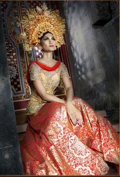 Kebaya 6 from Ivan Gunawan Collection, 2010 #Indonesia