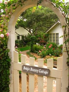 Bunny Cottage - I want this to be the entrance to my home!