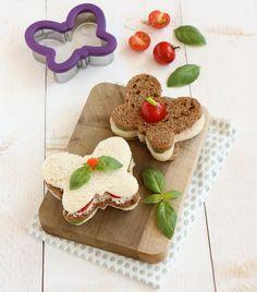 Kan gewoon met koekstekertjes. Leuk voor de kinderen in de lunchtrommel.