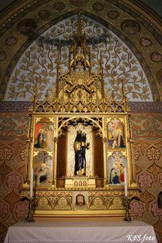 Budapest Mátyás templom. Fekete Madonna