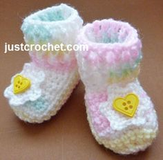 Free crochet pattern for ribbed booties http://www.justcrochet.com/ribbed-boots-usa.html #justcrochet #patternsforcrochet