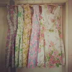Gorgeous dresses made from old sheets. I have a new goal. I want to learn how to sew something this beautiful. Ps give me your vintage flowered sheets I need them!