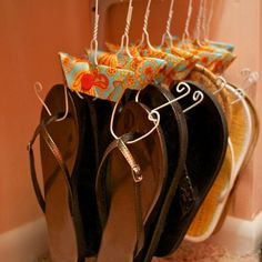 #Organize: Would you #organize your #summer #sandals like this? #glam #trend #cute #college #home #living #social #woman