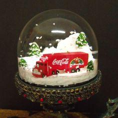 Coca Cola Snowglobe