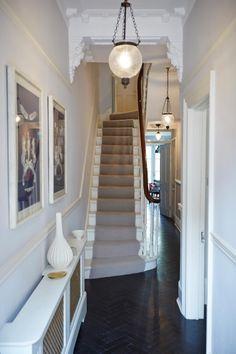 Narrow white hallway in 2019 hallway lighting ideas небольши White Hallway, Modern Hallway, Front Hallway, Hallway Ideas Entrance Narrow, Style At Home, Victorian Terrace Hallway, Victorian House, Stairway Lighting, Wall Lighting