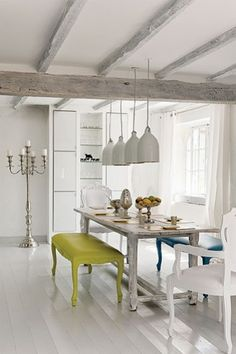 Rustic dining table room touch of yellow bench interior design Interior Architecture, Interior And Exterior, Casas Containers, White Rooms, Interiores Design, Interior Inspiration, Furniture Inspiration, Living Spaces, Interior Decorating