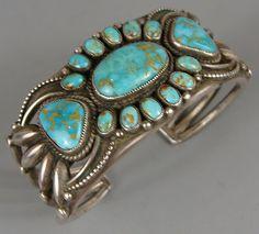 Heavy Vintage CALVIN MARTINEZ Navajo Turquoise Silver Cluster Bracelet