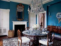 Aerin Lauder East Hampton Home Dining Room Blue Walls Dining Room Blue, Dining Room Design, Dining Table, Dining Rooms, Round Dining, H & M Home, Home Look, Home Interior, Interior Design