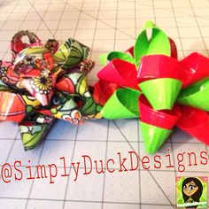 Duct Tape gift bows! I absolutely love these so much! I'm definitely going to be doing a tutorial on these! :) #simplyduckdesigns #ducttape #duckbrand #ducktape #ducttapecrafts #diy @theduckbrand