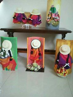 Clay Crafts, Diy And Crafts, Arts And Crafts, Tuile, Altered Bottles, Painted Leaves, Bottle Painting, Owl Art, Mexican Art