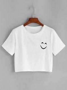 Shop Smile Print Drop Shoulder Crop T-shirt online. SheIn offers Smile Print Drop Shoulder Crop T-shirt & more to fit your fashionable needs. Shirt Print Design, Shirt Designs, Simple Shirt Design, Simple Shirts, Cute Shirts, Cute Outfits For Kids, Cool Outfits, Girls Fashion Clothes, Fashion Outfits