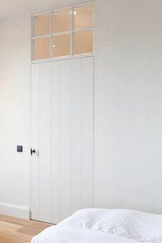 Speciale binnendeuren – Interior Ideas Decor Interior Design, Room Interior, Interior Ideas, Interior Styling, Interior Decorating, Window Above Door, Modern Country Style, Inside Doors, Internal Doors