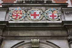 Detail: coats of arms, Students' Union, Newcastle University