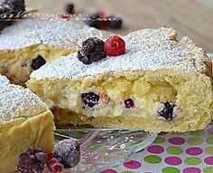 Crostata con mascarpone crema pasticceria e frutti di bosco