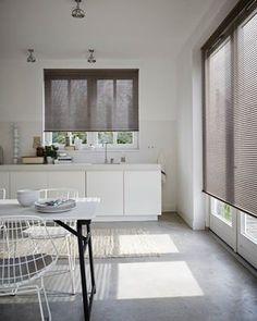 Horizontale jaloezieën zijn een prima oplossing voor gebruik in ruimtes met een hogere luchtvochtigheid, zoals keukens en badkamers.  www.luxaflex.nl
