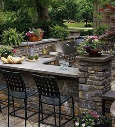 Outdoor Kitchen Ideas - Listed below you will locate some incredible exterior kitchen area design concepts in addition to some ideas that will certainly make your outdoor patio elegant and also welcoming, enjoy! Outdoor Rooms, Outdoor Gardens, Outdoor Living, Outdoor Patios, Outdoor Stone, Outdoor Furniture, Outdoor Landscaping, Antique Furniture, Furniture Ideas