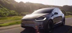 """#Mejorando_el_mundo #Motor #coches_autónomos Los coches Tesla renuevan su """"Autopiloto"""" y los de Google ahora dejan pasar ambulancias"""