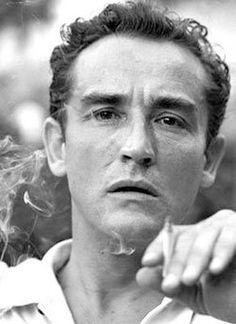 """Vittorio Gassman era nato a Genova #Liguria, è stato un attore, regista, sceneggiatore e scrittore italiano, attivo in campo teatrale, cinematografico e televisivo. Soprannominato """"Il mattatore"""" , è considerato uno dei migliori e più rappresentativi attori italiani, ricordato per l'assoluta professionalità, per la versatilità e il magnetismo. Artista con profonde radici nel mondo del teatro più """"impegnato"""", fu fondatore e direttore del Teatro d'Arte Italiano."""