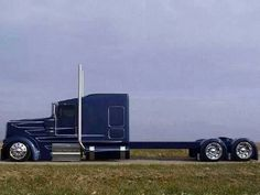 Kenworth w900L. Stretched out