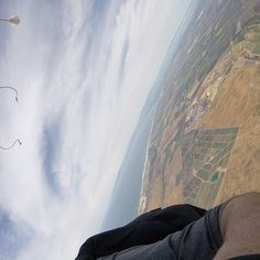 Get high. #skydiving #liveOrDie #adrenalineJunkie #Salinas #MontereyBay #montereybaylocals - posted by  https://www.instagram.com/gungas_din_productions - See more of Monterey Bay at http://montereybaylocals.com