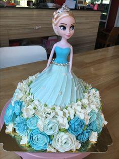 Creative Cake Decorating, Cake Decorating Videos, Cake Decorating Techniques, Doll Birthday Cake, Frozen Birthday Cake, Birthday Surprise Kids, Prince Cake, Happy Anniversary Cakes, Wedding Mehndi Designs