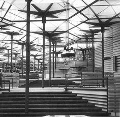 CORRALES y MOLEZUN, Pabellon de España, Bruselas, 1958.