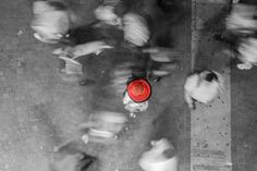 https://flic.kr/p/rH4Huj | Alone In The Crowd | A man with a red sombrero standing in the busy San Martín Street in Mar del Plata, Argentina