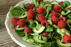 MissMuffin: Salat med hindbær, agurk og birkes-dressing
