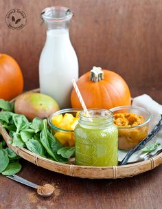 'Tis the season for pumpkin spice! Yet why not go the healthier route with this Pumpkin Spice Green Smoothie recipe. 2 cups spinach  2 cups almond milk, unsweetened  1 cup pumpkin, unsweetened (canned or fresh)  1 banana  1 cup mango  1 teaspoon pumpkin spice  1 teaspoon pure vanilla extract