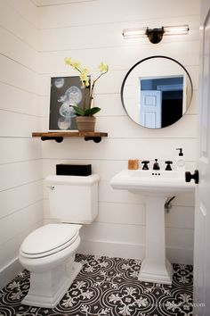 If you have a small bathroom in your home, don't be confuse to change to make it look larger. Not only small bathroom, but also the largest bathrooms have their problems and design flaws. Shiplap Bathroom, Bathroom Flooring, Bathroom Black, Gothic Bathroom, Round Mirror In Bathroom, Sinks For Small Bathrooms, Pedastal Sink Bathroom, Bathroom Without Windows, Small Bathroom Makeovers