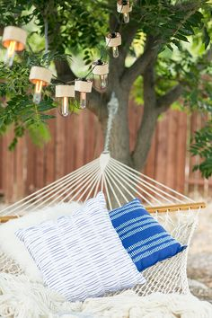 10 Must-have Items for Creating a Hammock Oasis // summer entertaining // Backyard